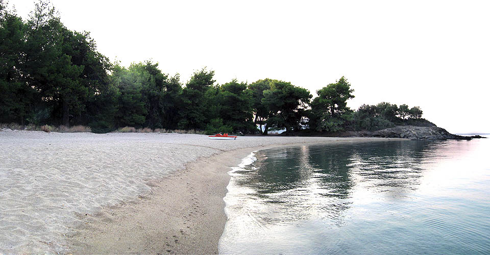 Lagomandra beach end